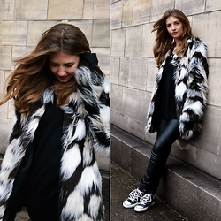 Sylwia Gocajna - F&F Faux Fur, H&M Pants, Converse Sneakers - Everything's Changing