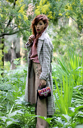 Elisa Bellino - Paula Cademartori Bag, Mango Pants, Mango Sweater, Asos Coat - English style: the new dandy