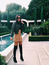 Alessandra Ianniello - Jeffrey Campbell Shoes Black Boots, One Way Skirt, Qued London Bomber Jacket, Ray Ban Sunglasses, Rumour Boutique Crop Top - Brunching in Beverly Hills