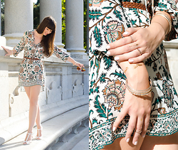 Sarah K. - Zara Floral Dress, Buffalo Shoes -  Lost in Madrid