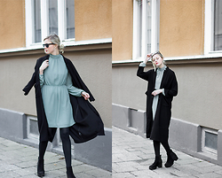 Louise Amelie Whitehouse - Edited The Label Mint Dress, Monki Black Trench, Vagabond Suede Boots - MINT