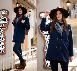 Viktoriya Sener - Newchic Coat, Tomtop Scarf, Pull & Bear Jeans, Massimo Dutti Oxfords, H&M Hat - COFFEE TIME