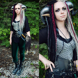 Sierra Frantz - By Sierra Frantz Dragon Horns, Aradani Costumes Large Anime Elf Ears, Handmade Synthetic Dreads, Pendragon Chainmail Pixie Top, Ebay Pleather Corset, Restyle Triangle Belt, Black Milk Clothing Green Velvet Tights, Demonia Zip Off Boots - Dragon Fae