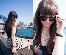 Sarah K. - Zara Shorts With Flowerprint, Zara Black Top, Daniel Wellington Watch - Sydney Harbour Chic