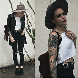 Wawa Baby - Yoyomelody Backpack, Sans Souci Crop Top, T.U.K. Footwear Creepers, Brixton Hat - Ashes To Ashes