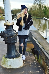 Isobel Thomas - Choies Faux Cashmere Jacket, Pretty Little Thing Grey Jumper, 304# Clothing Slogan Tee, Boohoo Ripped Jeans, Adidas Superstars - Hatton Locks