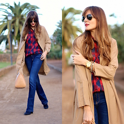 Marianela Yanes - Sheinside Trench, Choies Shirt, Stradivarius Jeans - The Americans