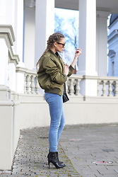 Ioana Carmen - Lookbookstore Jacket, C&A Jeans, Choies Boots - That perfect bomber jacket!