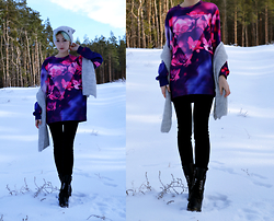 Dafna - Dresslink Sweatshirt - Winter's flowers