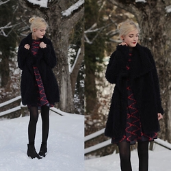 Faye S. - Wholesalebuying Dress, Zara Coat, Vagabond Boots - When your fantasies become your remedy