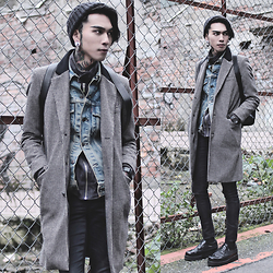 IVAN Chang - Asos Overcoat, Levi's® Vintage Jacket, Asos Superskinnyjeans, Underground Boots, Klasse14 Watch, Amamshop Bag - 240116TODAY STYLE