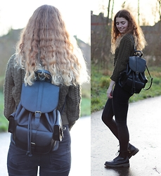 Janine De Bart - Bershka Black Backpack, Bershka Army Green Knitted Cropped Sweater, Monki Black High Waisted Jeans, Dr. Martens Dr 1460 - Army Green
