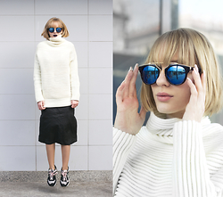 Hédi Szabó - Zerouv Sunnies, Zaful White Sweater, Vintage Leather Midi Skirt, New Balance Sneakers - Futuristic