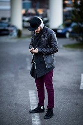 Alin -  - Urban outfit