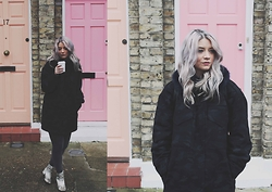 Joey Taylor - Asos Camouflage Parka, H&M Grey Jeans, Zara Snake Ankle Boots - ASOS WHITE CAMOUFLAGE PARKA