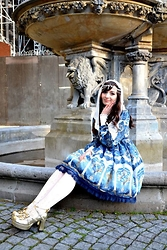 Dorothea Untan Dihel - Bodyline Shoes, Made By Oojia Celestial Replica, Taobao Veil, Etsy Cross Necklace, Alieexpress Cross Stockings - Classic Lolita @Kölner Dom