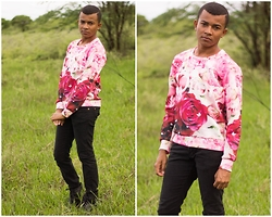 Marcelo Alves - Shein Sweatshirt - To not to say what do I spoke of flowers