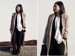 Kat I. - Zara Cat, Selcouth Top, Rosemunde Jacket, Mango Pants, Daniel Wellington Watch, Mango Shoes - Mf/012916