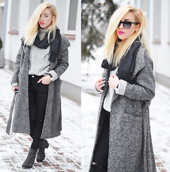 Aneta M - Coat, Jeans - LONG WOOLEN COAT