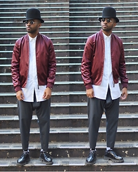 Martell Campbell - D'lyle Treasure Tall Crown Hat, Black Eyewear Sunglasses, Paul Smith Jacker, Msgm Shoes - Out in Shibuya