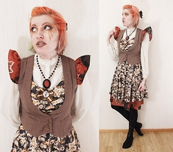 Lindwormmm - Ivana Helsinki Red Floral Dress, Black Milk Clothing Bee Print Dress, Kooky Gems Anatomical Heart, Katariina Guthwert Tove Jansson Medal, Brown Cotton Vest, Black Bow, Black Tights With Silver Harness Print - Red means do not eat Me