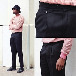 Marc-Henri Ngandu - Friperie Look Vintage Black Pants - Old again