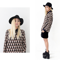Day Ji - Weekday Hat, Yo Odd Store Face Pattern Blouse, Unif Boots - Face to Face