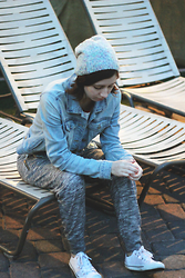 Flannel Foxes - Garage Clothing Denim Jacket, Gap Grey Joggers - An Evening in Tuscany