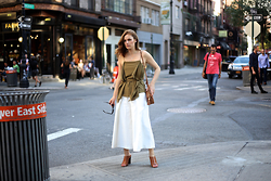 Charlotte Bridgeman -  - How to Wear White Culottes