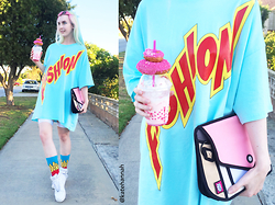 Kate Hannah - Joyrich Hi Fashion T Shirt Dress, Jumpfrompaper Giggle Satchel, Nike Air Force 1, Lasskaa Bangin' Bike Shorts - ~HI FASHION~