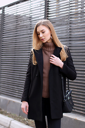 Diana Guţu - Meli Melo Earings, Mango Coat, Nine West Bag, H&M Jeans - Brownie