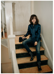 Diana Z Wang - Iris & Ink Blouse, Rag & Bone Jeans, Saint Laurent Boots, Chanel Bag - Bleu