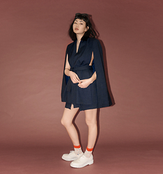 Alyssa Lau - C/Meo Collective Cape - Navy