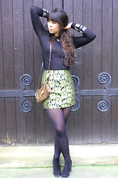 Lauren Evans - H&M Jumper, Boohoo Skirt, H&M Shoes, Louis Vuitton Bag - All that Glistens is Gold.
