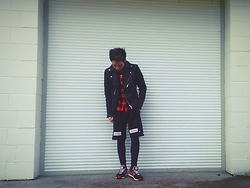Lucas Hui - Pyrex Mesh Shorts, New Balance 574 Sneakers, Alexander Wang X H&M Leggings - Gravity
