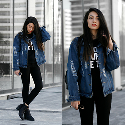 Melike Gül - Sheinside Denim Jacket, Romwe Sequined Boots - Denim Texture