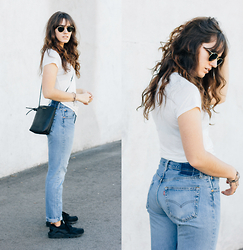 Tonya S. - Reformation Relaxed Crew Tee, Reformation Vintage Levi's, Kozha Numbers Minimal Bag - Simple Denim & Tee