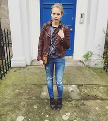 Gem.Lou _ - All Saints Leather Jacket, Asos Top, Zara Jeans, Topshop Boots - Its been a while, but I'm back.