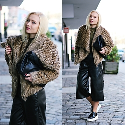 Justyna B. - Shoes, Jacket - Culotte & Platform Shoes