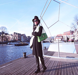 Hanna From HOLLAND - Pinko Coat, Green Bag - From Amsterdam with love)))