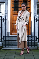 Michelle Verpuggi - Ana Alcazar Coat, Ana Alcazar Top, Primarkt Shoes - London Girl