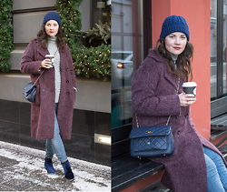 Albina Van den Berg @albinaberg - Asos Oversized Coat, Dkny Quilted Bag - Purple coat