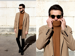 Marc Galobardes - Zara Brown Turtleneck, Pull And Bear Black Jeans, H&M Beige Coat - BROWN FRIDAY