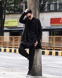 Michael Macalos - Converse Leather Sneakers, Y 3 Neoprene Pants, Anteprima Jacket, H&M Oversized Shirt - Weekend Sesh