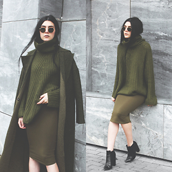 CLAUDIA Holynights - Sheinside Olive Sweater, Sheinside Olive Coat, Young Hungry Free Olive Dress, Little Mistress Croc Print Ankle Boots - O l i v e