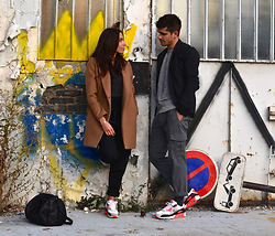 Boris Cornilleau - Nike Air Max 90 Infrared 2010, Nike Air Max 90 Infrared 2015, Alexander Wang Rocco, Asos Camel Coat, Zara Large Pants, Our Legacy Oversized - We love sneakers