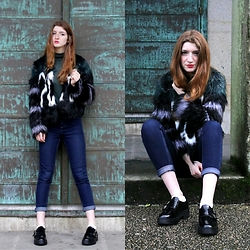 Martina L. - Suiteblanco Fur Coat, H&M Jeans, Marypaz Black Shoes - HOW TO WEAR A FUR COAT