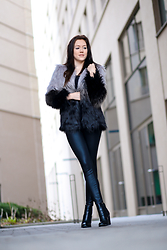Melli DeLaVie -  - In Love with Fashiontrend Faux Fur
