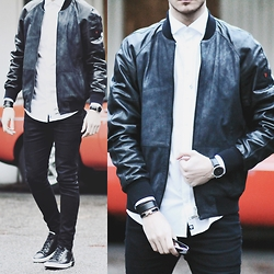 I N F A S H I O N I T Y a style story - Strellson Leather Bomber Jacket, Hermès Canvas Leather Bracelet - ROCK LEATHER