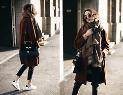 Bea G - Coat, Jeans, Scarf, Sneakers, Bag - Rusted Light